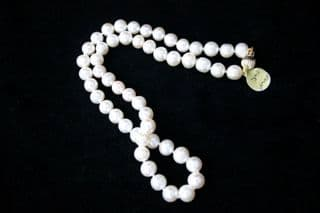 7mm Round White Freshwater Pearl Necklace with 9ct Gold clasp