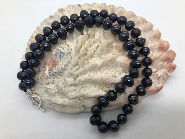 Super Dark Peacock Pearl Necklace