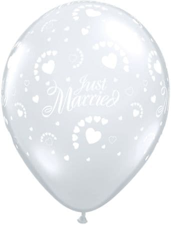 """11"""" Diamond Clear Just Married Hearts Latex Balloons x 50"""