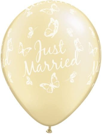 """11"""" Pearl Ivory  Just Married Butterfly Latex Balloons x 25"""