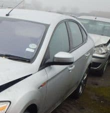 FORD MONDEO  MK 4   DOOR MIRROR IN SILVER  ELECTRIC  PASSENGER SIDE   USED   2007 - 2011