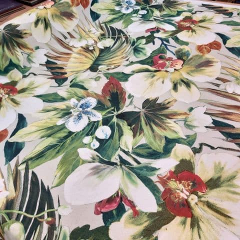 Prestigious Textiles Moorea Flowers - Curtains Soft Furnishings Cotton Fabric - Pale.