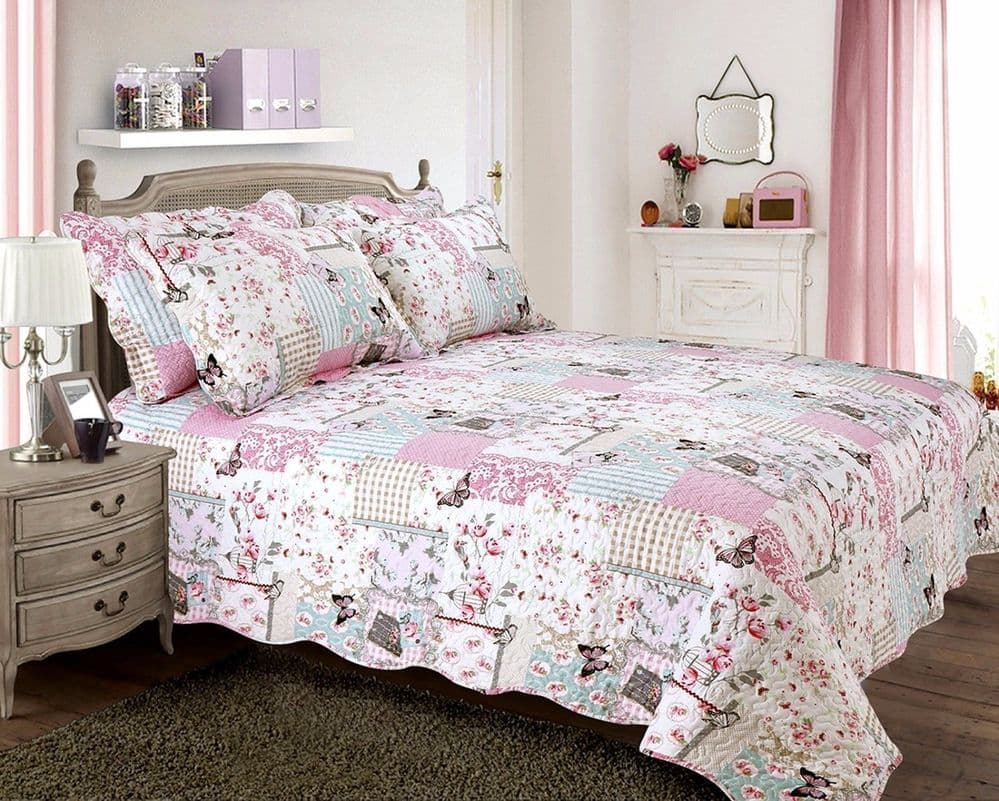 VINTAGE BOUTIQUE COUNTRY COTTAGE QUILTED BEDSPREAD COMFORTER SET FLORAL PATCHWORK PINK