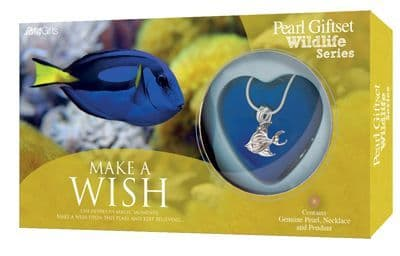 Blue Tang Pearl Giftset with Wildlife Pendant