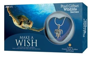 Turtle Pearl Giftset with Wildlife Pendant