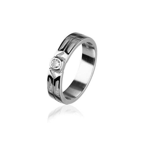 Sterling Silver Traditional Scottish 'Cubid' Design Ring WIth Cubic Zirconia Stone - CR158