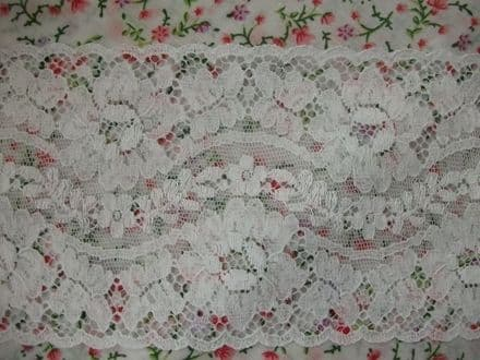 Exclusive FC220 White Cotton Nottingham Valenciennes Lace by Cluny Lace Co