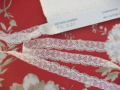 FC221 White Nottingham Valenciennes Cotton Lace