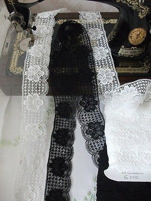 FC270 Exclusive English Nottingham Cotton Cluny Lace Vintage style - 2 Colours