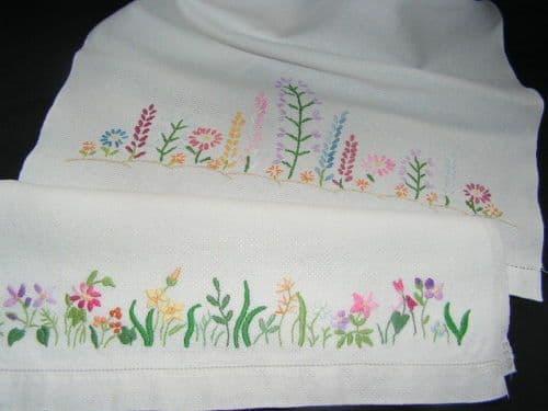 HT7 Genuine Vintage Irish Linen Huckaback Towel.