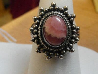 180E LADIES VINTAGE STERLING SILVER PINK MARBLE RING SIZE S 1/2