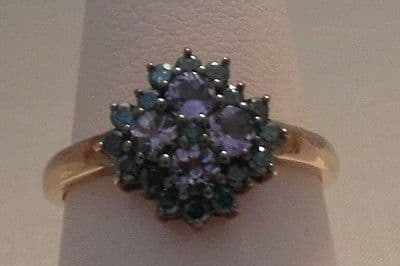 18F VINTAGE LADIES 9CT GOLD TANZANITE AND BLUE SAPPHIRE  CLUSTER RING SIZE O 1/2