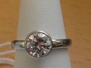 198E VINTAGE LADIES STERLING SILVER ZIRCONIA SOLITAIRE RING SIZE L