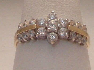 361F LADIES 14CT GOLD ZIRCONIA CLUSTER WITH ACCENTS RING SIZE O 1/2