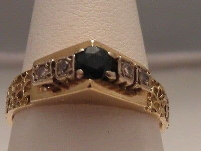 421F VINTAGE LADIES 18CT GOLD SAPPHIRE AND DIAMOND BAND RING SIZE K 1/2