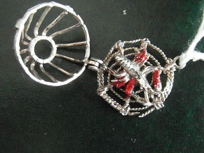 49A SOLID SILVER LOBSTER POT CHARM/PENDANT WITH OPENING POT TO REVEAL A LOBSTER
