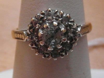599E VINTAGE LADIES 18CT GOLD AND PLATINUM WHITE SAPPHIRE CLUSTER RING SIZE L