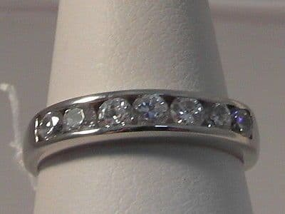 674F LADIES 9CT WHITE GOLD ZIRCONIA BAND RING SIZE L 1/2