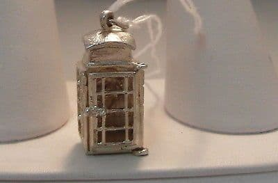 78F VINTAGE LADIES/CHILDRENS STERLING SILVER TELEPHONE BOX CHARM