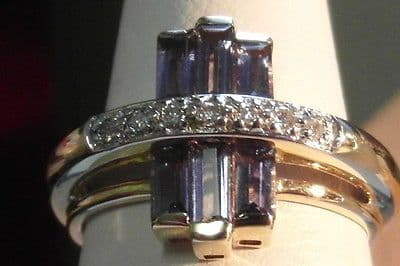 925E VINTAGE LADIES 9CT GOLD AMETHYST AND DIAMOND CLUSTER RING M