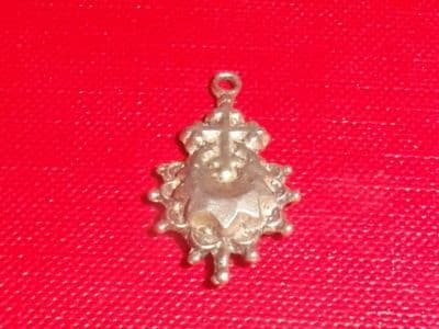 G86 SOLID SILVER CROSS AND FANCY DESIGN CHARM / PENDANT