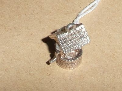 L10 SOLID SILVER WHISHING WELL CHARM / PENDANT