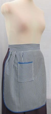 LADIES APRON  SQUARE POCKET HALF APRON OS - Outsize ( to fit waist up to 33.5 ins / 95 cm)