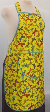 LADIES PINAFORE APRON    . WMNS - Womans ( to fit waist up to 45.5 ins / 115 cm )