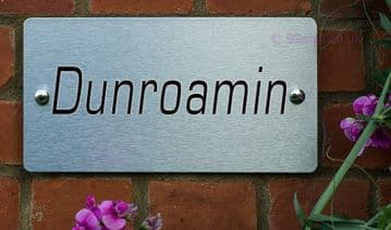Dunroamin -Funny House Name Sign Plaque- Ideal housewarming gift
