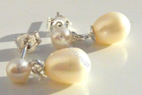 925 sterling silver white freshwater pearl stud earring