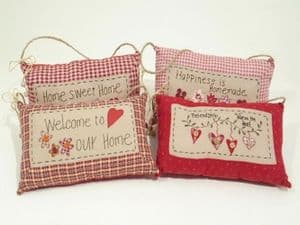 Shabby Chic Hanging Padded Pillow With 4 Quotes about  Home and Friendship